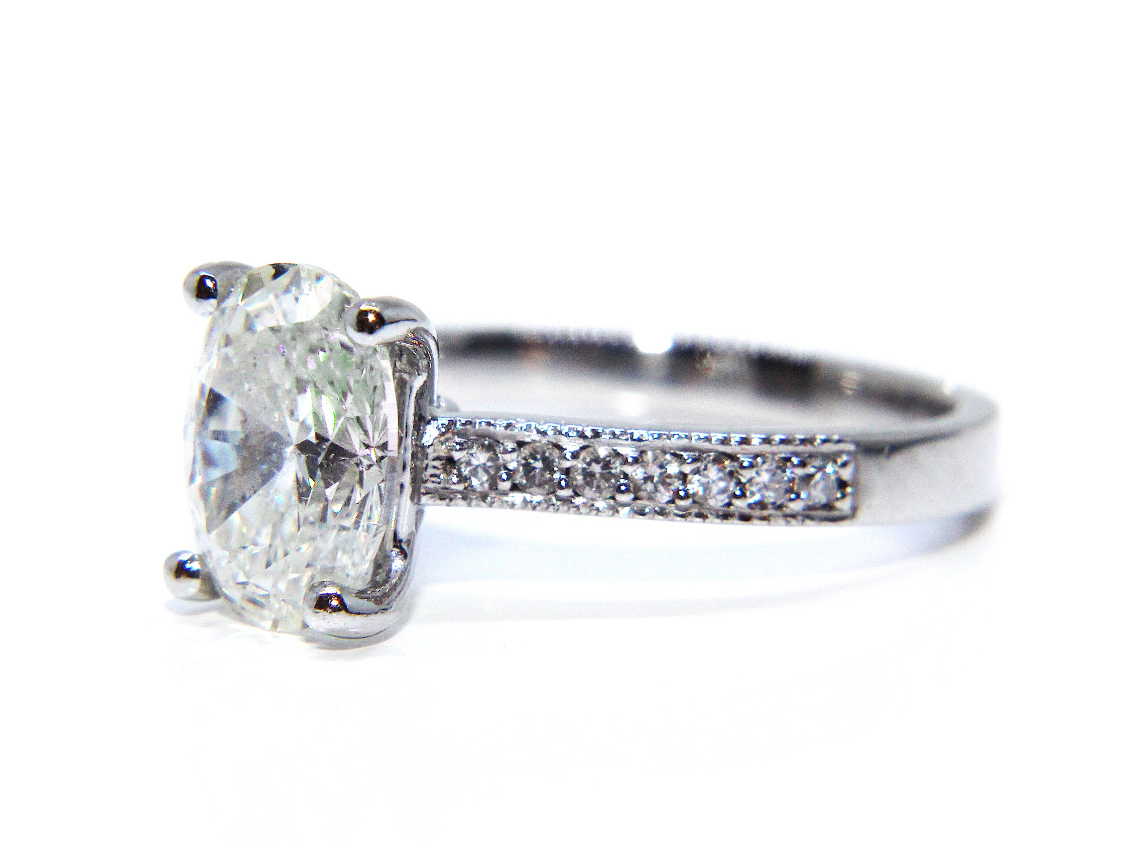 platinum classic solitaire beers ring pave db cut de oval pav engagement