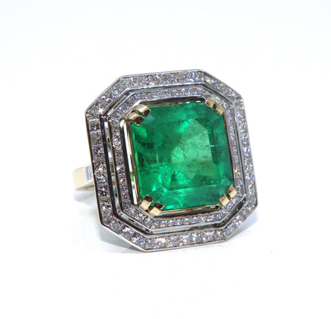 Fine 18ct Colombian Emerald & Diamond Ring 15.99ct - Campbell Jewellers