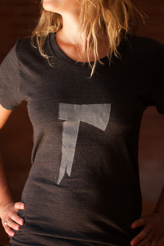 The Long Dark® T-Shirt - Women's Axe on the Front