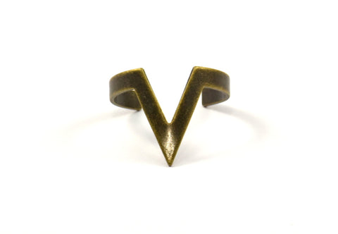 Antique Bronze Chevron Ring - 4 Antique Bronze Plated Adjustable Chevron Ring Settings - (16-17mm / 23 Gauge) MN05 Q712