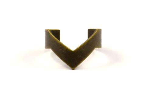 Antique Bronze Chevron Ring - 3 Antique Bronze Plated Adjustable Ring Setting - 16-17mm / 23 Gauge Mn04