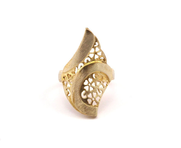 Brass Flower Rings - 4 Raw Brass Adjustable Flower Rings N036