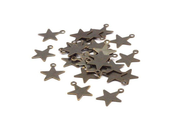 Vintage Star Charm, 100 Antique Brass Star Charms (14x12mm) Pen 454 K155