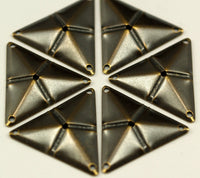 Antique Bronze Triangle, 50 Antique Bronze Triangle Charms With 4 Holes (22x25mm) Pen 3001