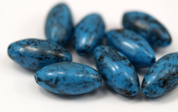 Vintage Blue Beads, 6 Vintage Glass Oval Blue Beads  (20x10mm) Cv25