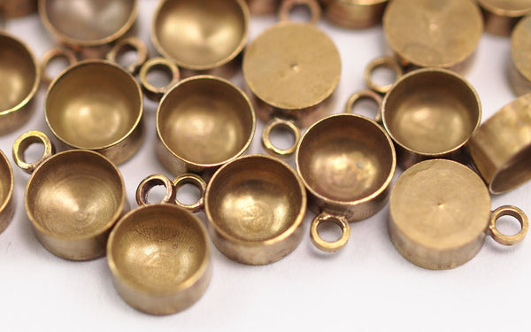 50 Raw Brass Charms Setting, Findings (5 mm)