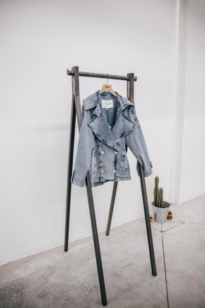 THE DENIM JACKET IN SNOW BLUE Denim Jacket KURE