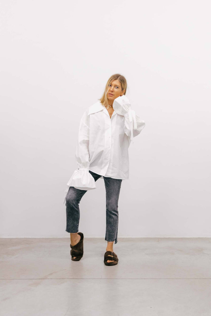 THE INSIDER CROP IN GREY BY MOTHER Jeans MOTHER