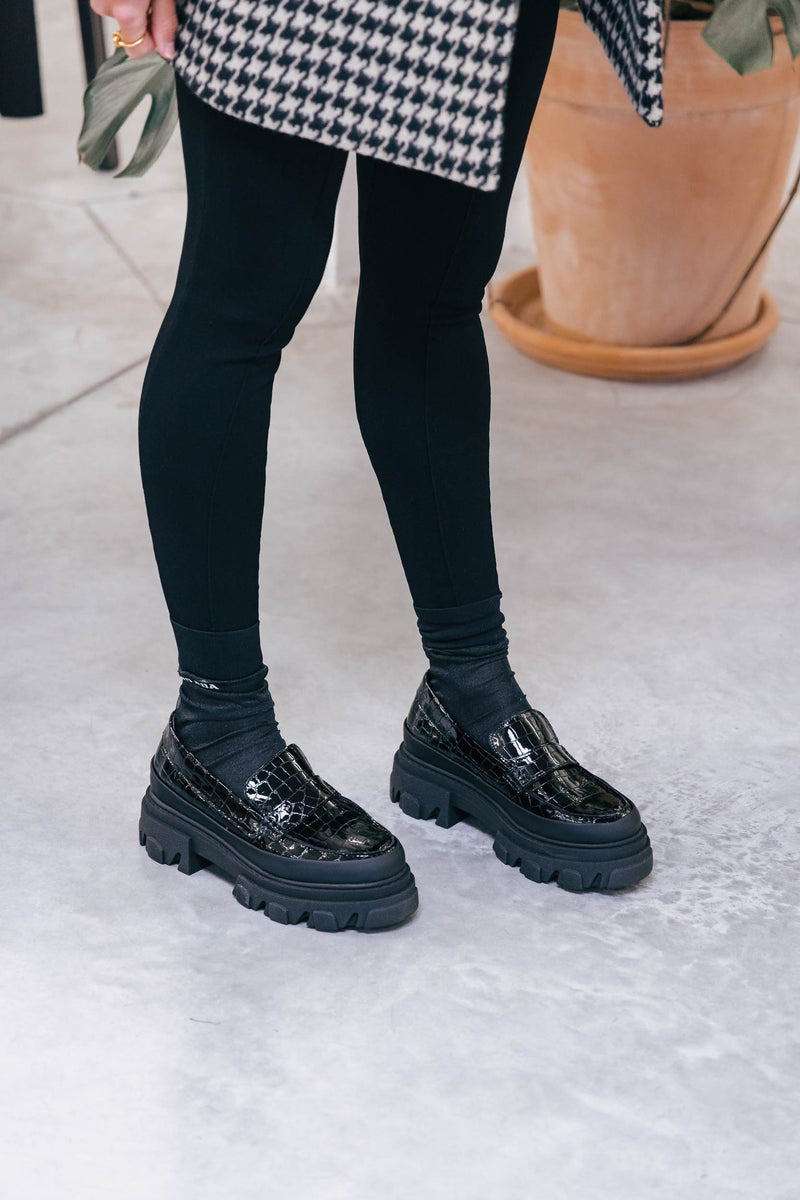 CHUNKY BLACK LOAFERS Shoes GANNI