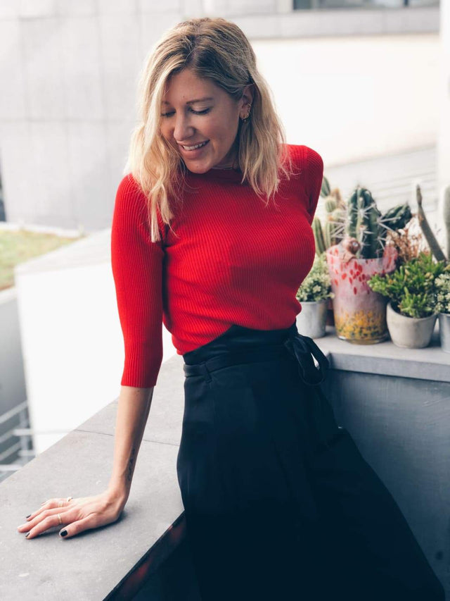 Red Knit Cropped Sleeve