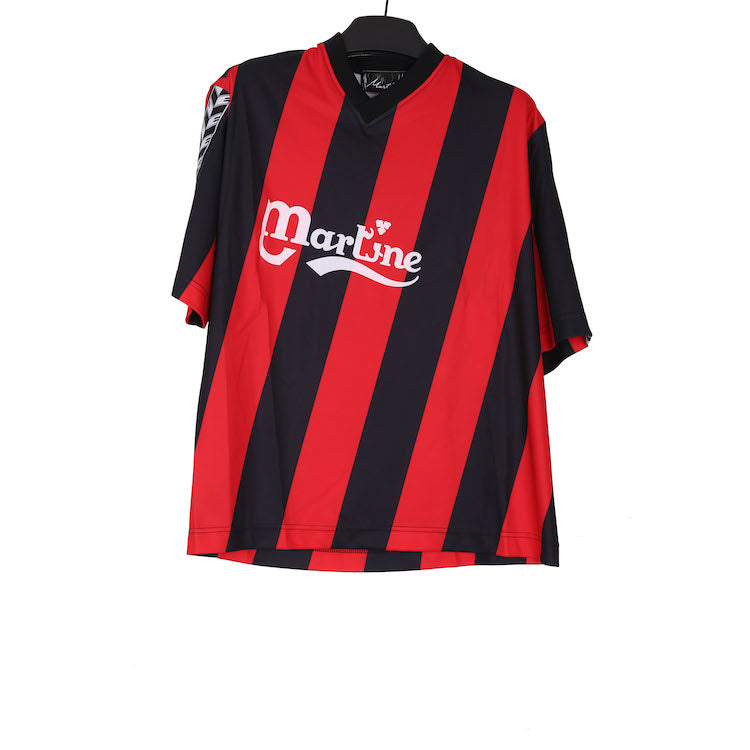 MARTINE ROSE AW18 RED/BLACK POLYESTER SHORT SLEEVE TWIST STRIPE FOOTBALL TOP