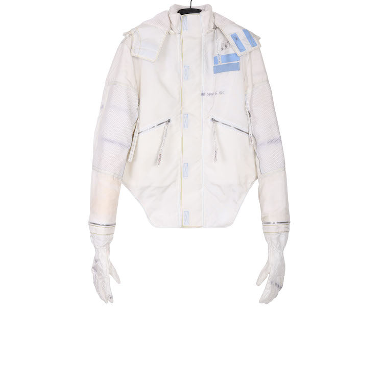 KANGHYUK AW18  WHITE PA ASTRONAUT JACKET W/ GLOVES