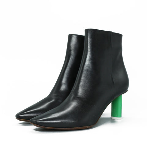 VETEMENTS 17AW 15354 BLACK LEATHER ANKLE BOOTS
