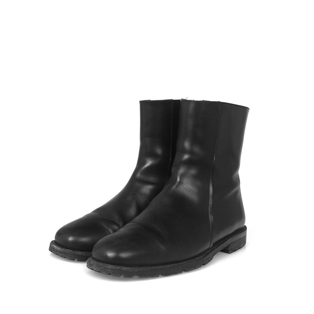 DIOR HOMME SIDE ZIP LEATHER BOOTS – GUYI CONSIGNMENT eb6909998ac