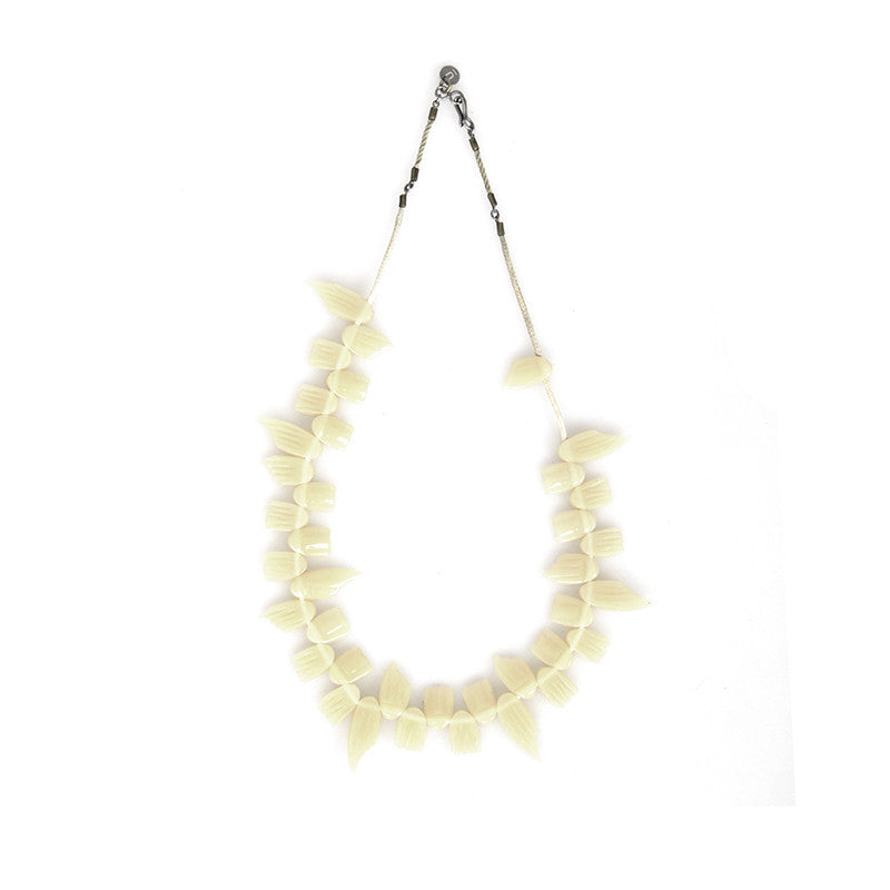 "UNDERCOVER ""BUT BEAUTIFUL"" TOOTH NECKLACE"