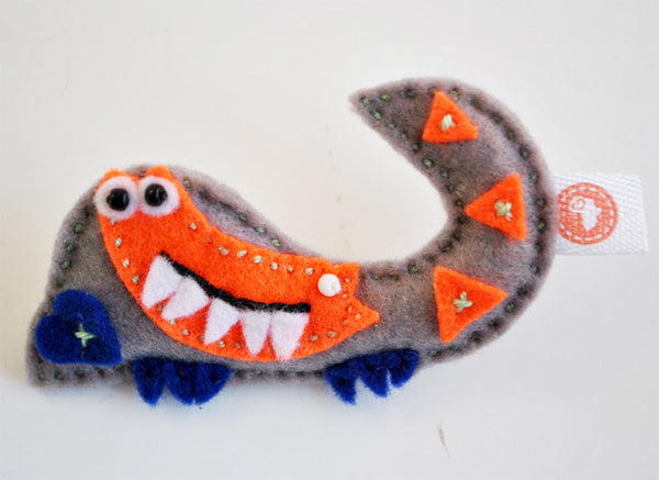 BUSHFELT BROOCH - CROCODILE