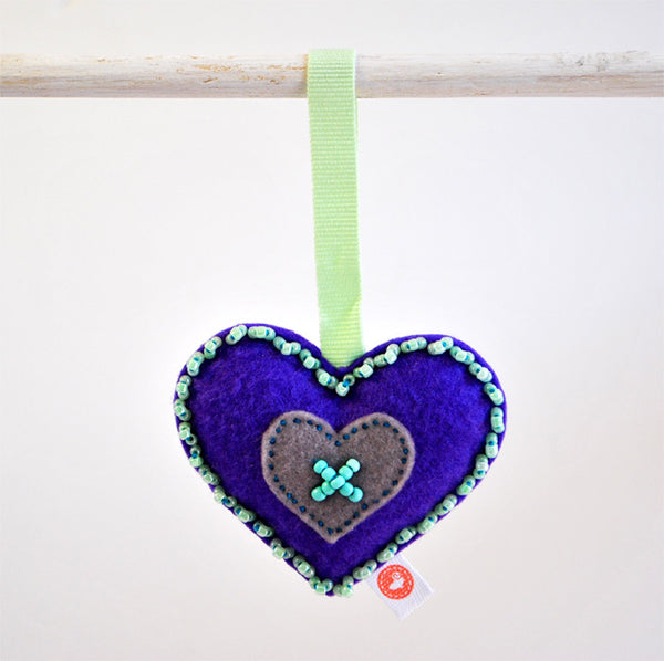 RIBBON HEART - BEAD