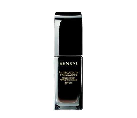 KANEBO SENSAI FLAWLESS SATIN FOUNDATION - Base de maquillaje acabado sedoso - BLISS À PORTER Cosmética Hedonista Maquillaje https://www.bliss-a-porter.es/