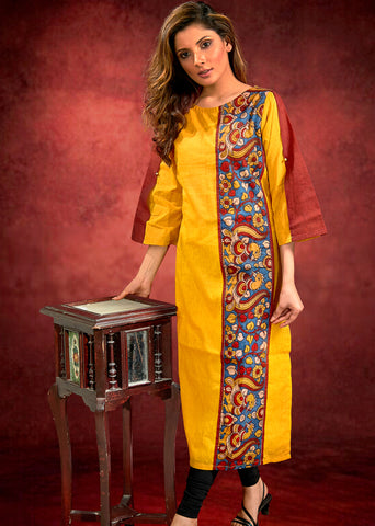 Yellow Cotton Handloom Kurta with Hand-painted kalamkari panel