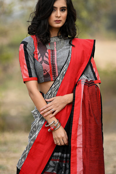 Exclusive Bengal handloom cotton saree with fish motifs and ikat combination