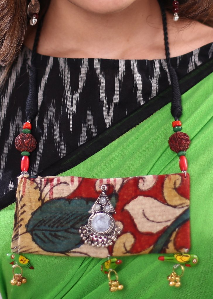 Traditional hand painted kalamkari fabric pendant with rudraksh & wooden beads