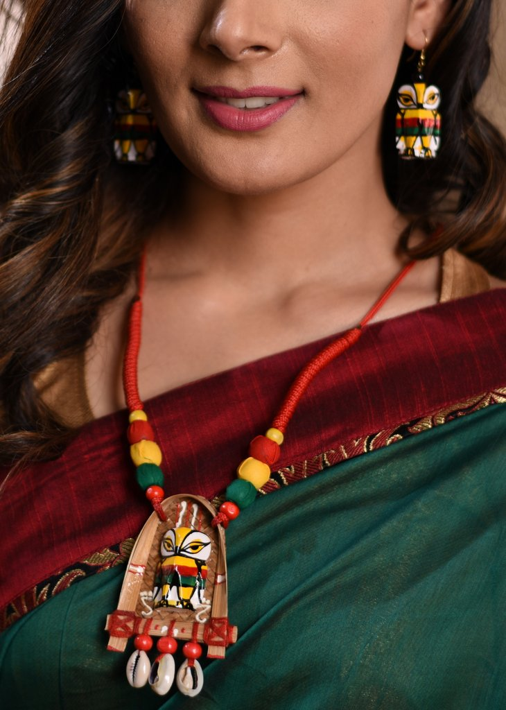 Exclusive hand made ethnic necklace set