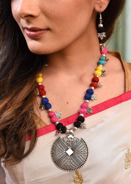 Exclusive multicolored necklace set with german silver pendant - Sujatra