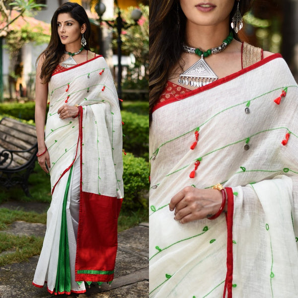 EXCLUSIVE WHITE LINEN WITH WOVEN THREADS COMBINED WITH GREEN & WHITE CHANDERI PLEATS SAREE