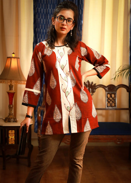 Jaipuri printed classy top with hand painted lapel