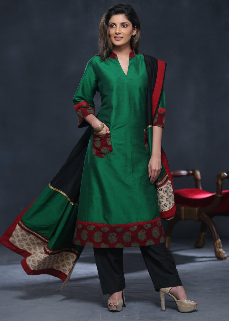Green cotton silk kurta with block printed pockets along with Dupatta