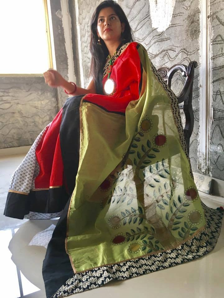 Hand Painted chanderi saree with printed cotton pleats - Sujatra