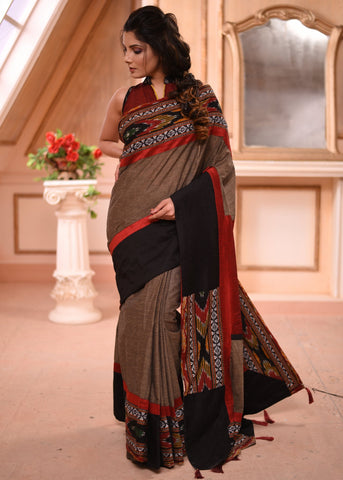 Exclusive handloom cotton saree with intricate kutchi weaving on border