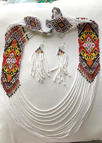 Exclusive seed bead white & yellow necklace