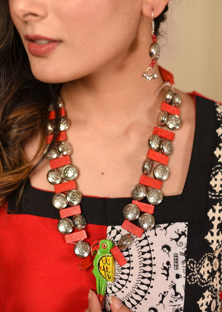 Exclusive metallic & wooden beads combination necklace set - Sujatra
