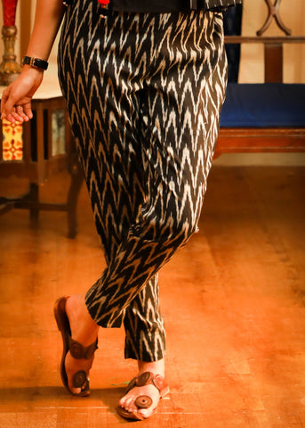 Exclusive pure cotton narrow Ikat pant