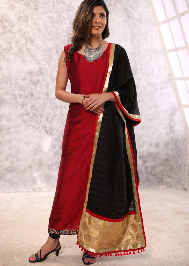 Maroon cotton silk kurta with checquered dupatta - Sujatra