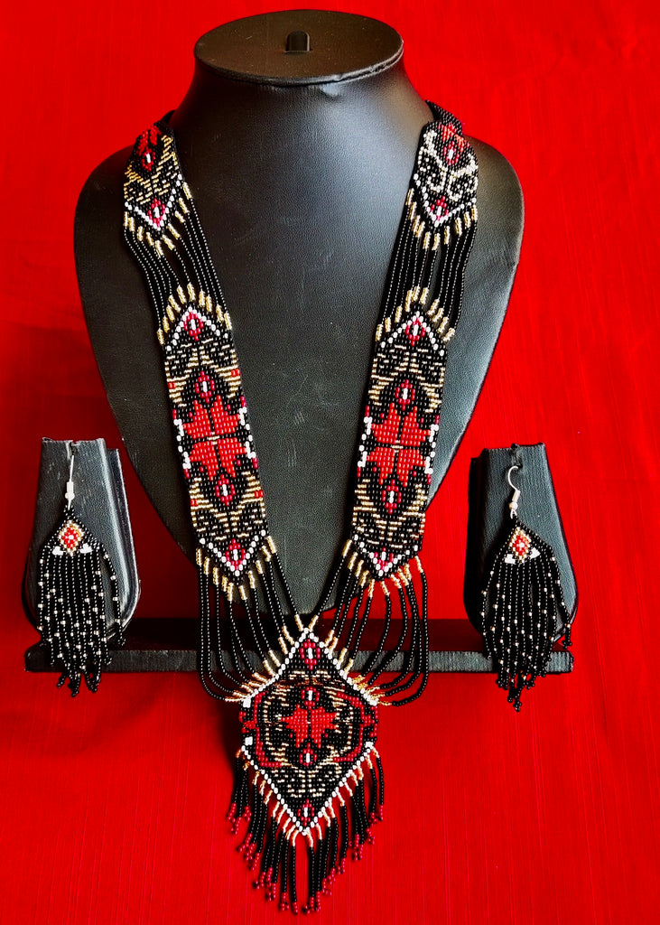 Exclusive seed bead necklace