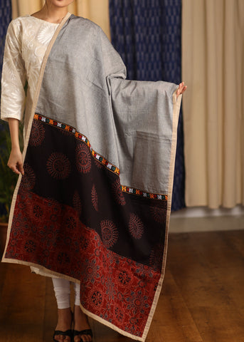 Grey cotton handloom Dupatta with Ajrakh and hand-made Kutch mirror embroidery