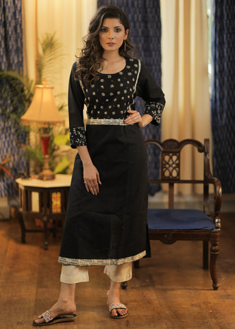 Straight Cut  Cotton Handloom Kurta with Exclusive Hand embroidered yoke and Mantra Border