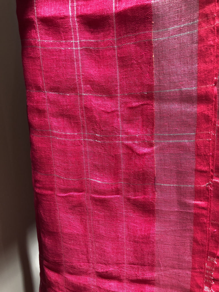 Exclusive Pink Chequered Pure Linen Saree