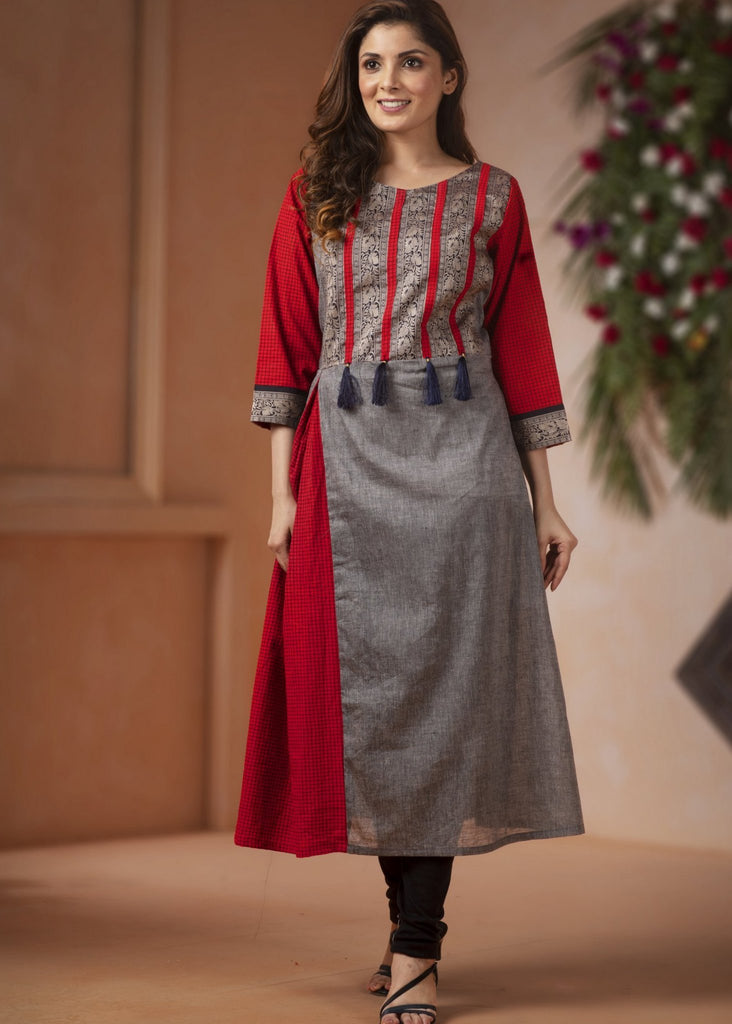 Indian Dress - Exclusive Cotton Kurti With Zari Combination