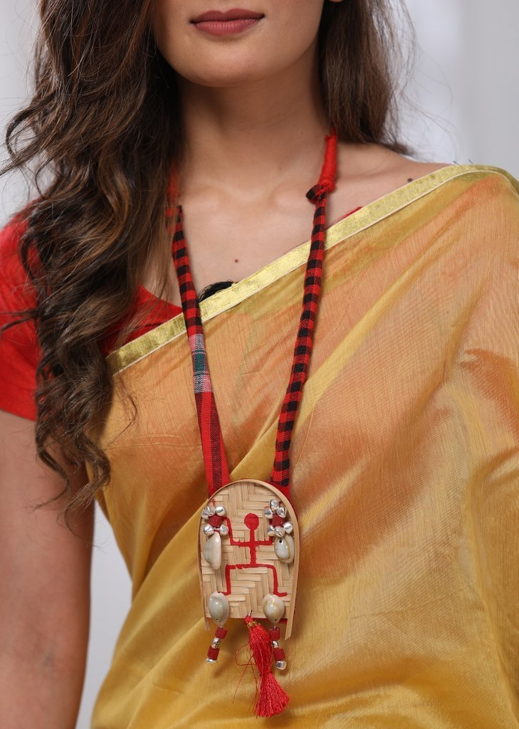 Jewelry - Exclusive Traditional Gamcha Striped Maroon And Red Bamboo Pendant With Cowrie Neckpiece