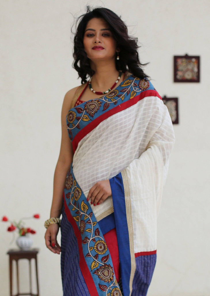 Saree - Checks Handloom Cotton Saree With Kalamkari Border And Blue Striped Cotton Pallu