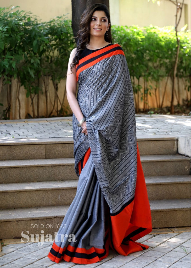 Saree - Combination Of Woven Grey Cotton Saree & Handloom Cotton Pleats