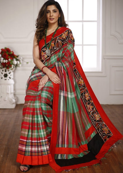 Saree - Gamcha Cotton Saree With Exclusive Hand Batik Border From Shantiniketan