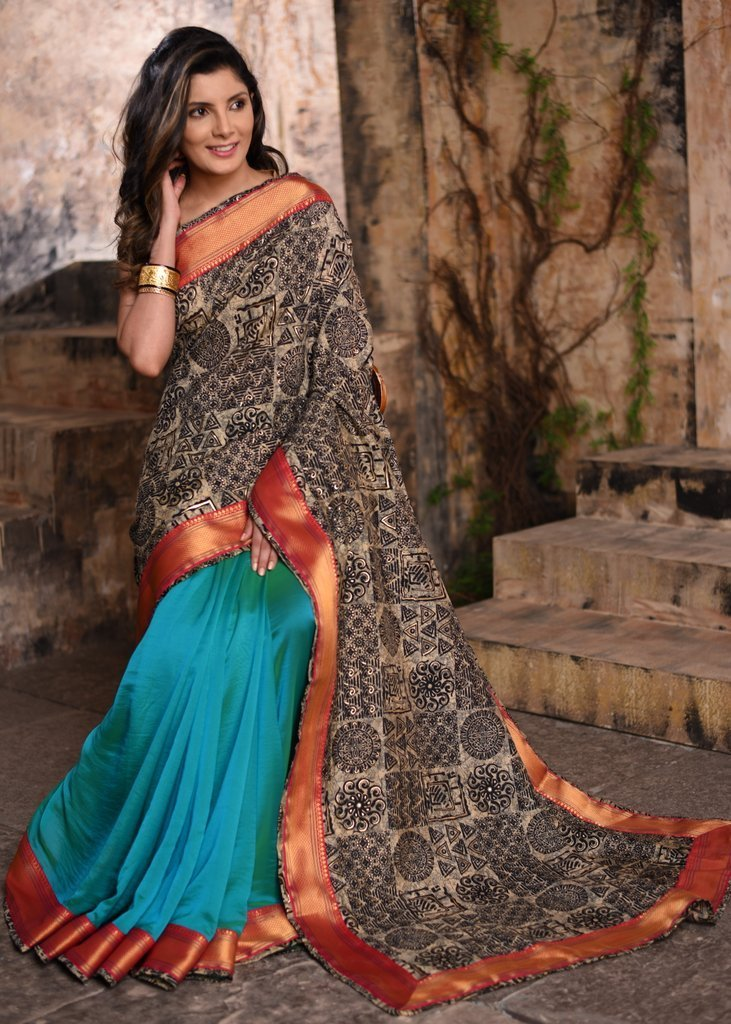 Saree - Printed Jute Cotton Saree With Green Faux Crepe Satin Pleats & Zari Border
