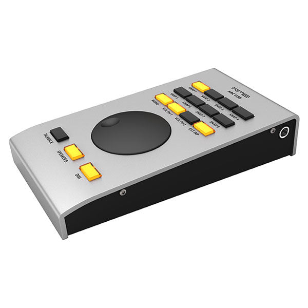RME 94 Channel 24-bit / 192 kHz USB 3.0 Thunderbolt Audio / MIDI Interface with 4 Mic Preamp - UFX+ - 4260123363109
