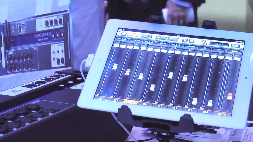 Soundcraft Ui12 Digital Mixer with Wi-Fi Router IOS, Android, MAC/PC - 5056217 - 668705001656