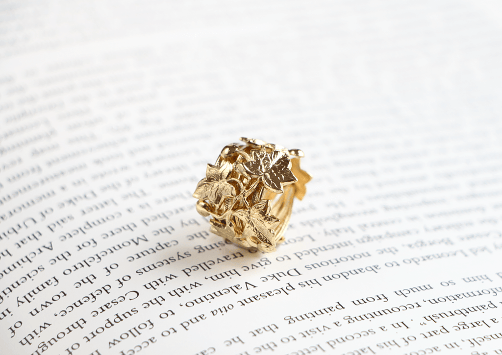 Ivy ring, ivy league, bague Lierre, Armelle Aulestia bijoux Jewellery, bague, ring, parurier, Paris, craft