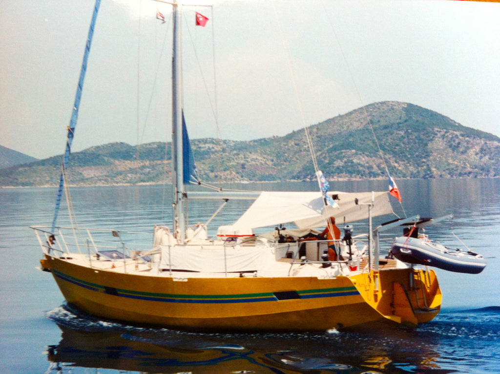 Armelle Aulestia, family memories, wish you were here, arnica sailing boat, family,